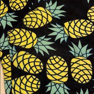 RARE Lularoe TC Leggin Pineapple Exc. Condition